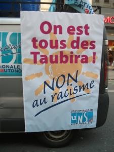 Dans l'opinion publique française, les discours racistes ont acquis au cours des derniers mois une popularité inquiétante. Mais la résistance existe et n'a pas peur de s'afficher.