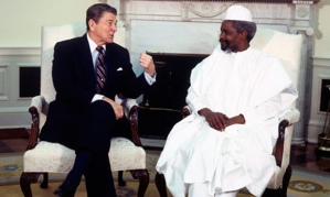 In 1987 Ronald Reagan, the then President of the United States, welcomed Hissène Habré to the White House during his official visit to America. (C) Jean-Louis Atlan/Sygma/Corbis