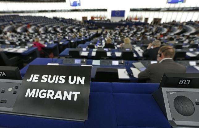 Je suis un migrant.jpg