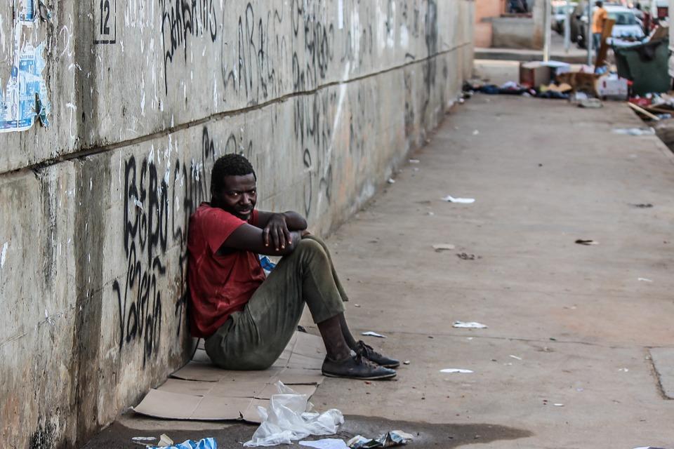 poverty-509601_960_720.jpg